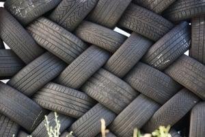 vlecht oude autobanden